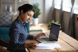 What Are the Advantages and Disadvantages of Online College Education?